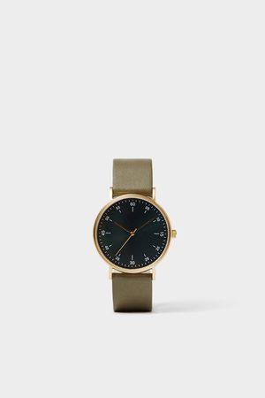 Zara Minimalistisch horloge met groen leren bandje