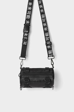 Zara Zwarte cross-body schoudertas met tekst