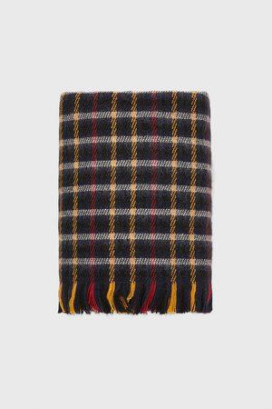 Zara Geruite sjaal