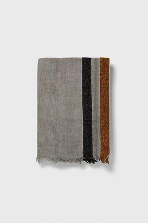 Zara Sjaal met gecombineerde strepen