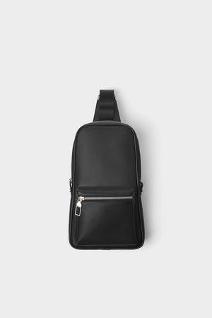 Zara Basic zwarte schoudertas