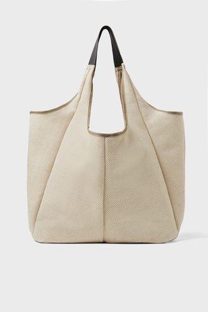 Zara Shopper in xl formaat