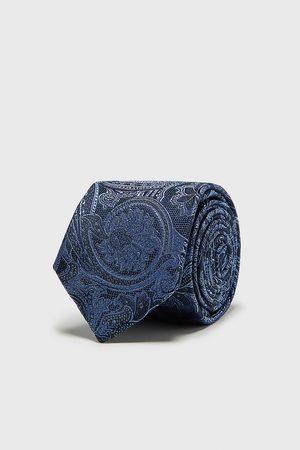 Zara Brede, jacquard stropdas met paisleyprint