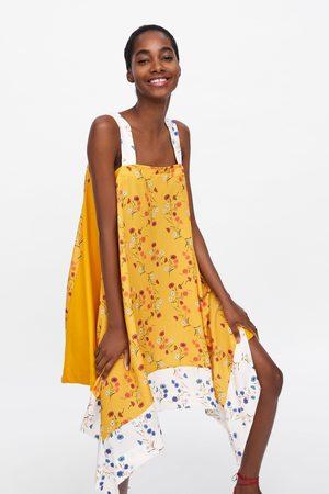 Zara Asymmetrische jurk met bloemenprint