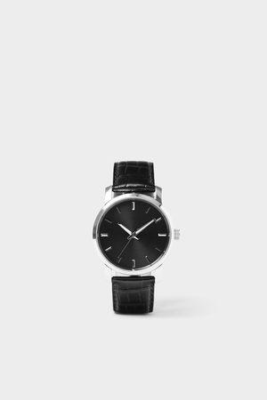 Zara Minimalistisch horloge met leren bandje
