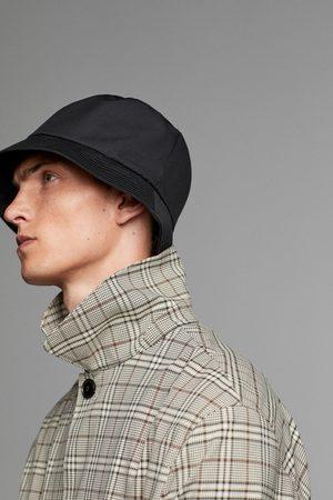 Zara Waterafstotende hoed traveler