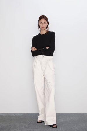 Zara Basic trui met lange mouwen.