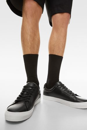 Zara Zwarte leren sneakers