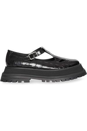 Burberry Dames Veterschoenen - Patent Leather T-bar Shoes