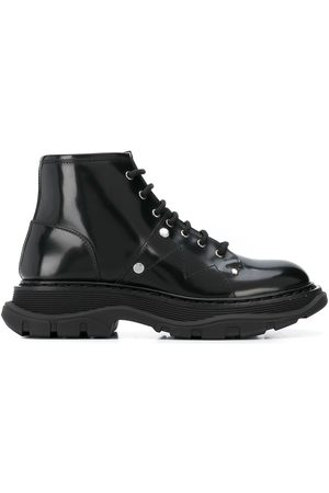 Alexander McQueen Dames Veterlaarzen - Tread lace-up boots