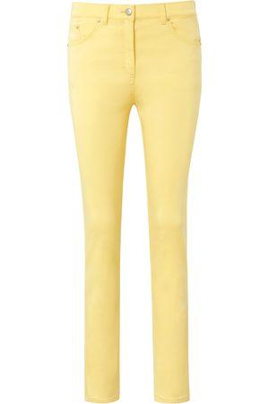 Brax Modellerende Proform S Super Slim-jeans model Lea Raphaela by