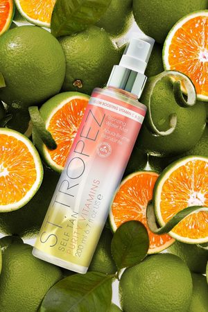 Boohoo St.Tropez Self Tan Purity Vitamins Mist 200ml