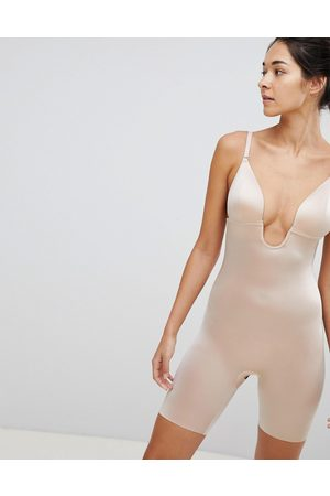 Spanx Suit Your Fancy Low Back Mid Thigh Smoothing Body in