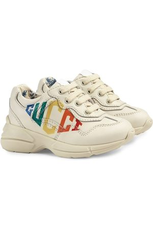 Gucci Gucci print Rhyton sneakers