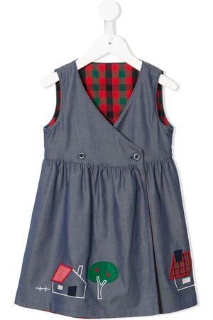 Familiar Sleeveless off-centre buttoned dress