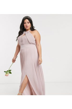 TFNC Dames Lange jurken - Bridesmaid exclusive pleated maxi dress in pink