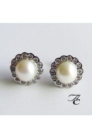 Atelier Christian Wit gouden oorbellen met parel en diamant