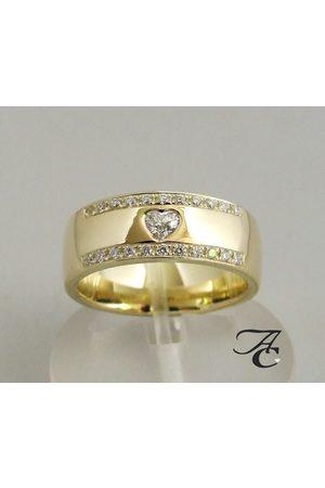 Atelier Christian 14 karaat harten ring met diamanten