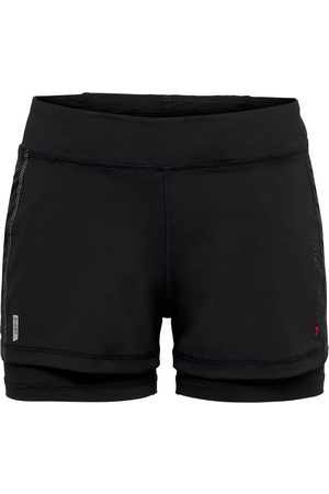 Only Play Perf run loose shorts 15189263