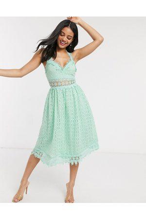Love Triangle Midi lace prom dress in sage-Green
