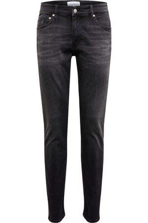 Calvin Klein Jeans '026 SLIM