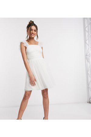 ANAYA Dames Jurken - Anaya With Love Petite frill sleeve mini ruched prom dress in white
