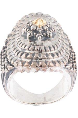 Natural Instinct Chunky engraved ring