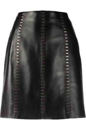 Alexander McQueen Dames Korte rokken - Stapled leather mini skirt