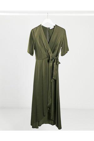 Closet Closet satin pleated midi wrap dress in khaki-Green