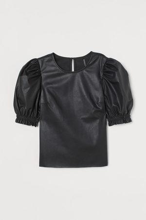 H&M Bloes van imitatieleer