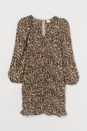 H&M Satijnen jurk met fronsjes