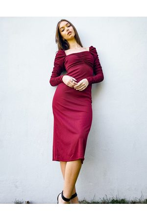 Topshop Long sleeve dress with ruched waist in burgundy-Red