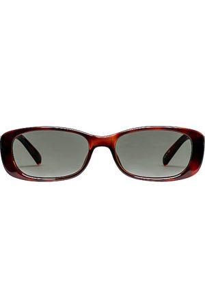 Le Specs Unreal! in