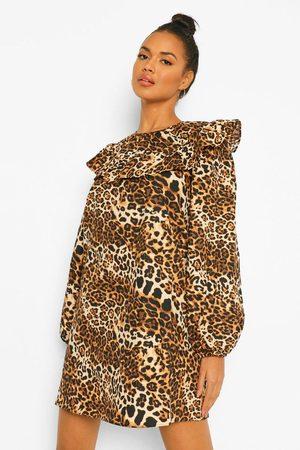 Boohoo Leopard Print Shirred Cuff Skater Dress