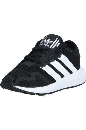 adidas Sneakers 'SWIFT RUN X I