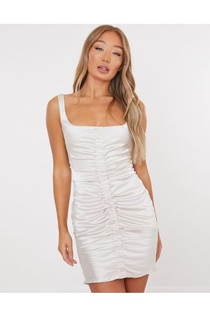 Missguided Ruched dress in champagne satin-Cream