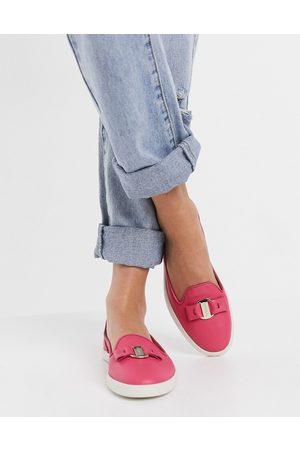 Fiorelli Mia leather loafers in fuchsia-Pink