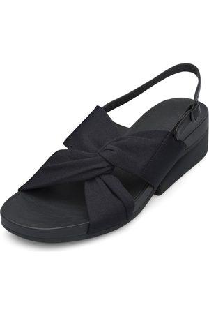 Camper Sandalen met riem ' Minikaah