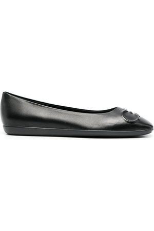 Salvatore Ferragamo Dames Instappers - Gancini-embossed ballerina shoes