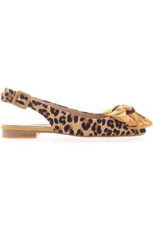 Alma en Pena Peep Toe Shoes