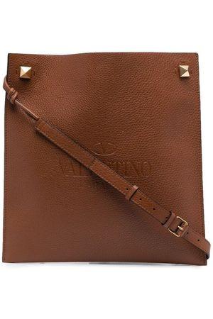 VALENTINO GARAVANI Rockstud debossed logo shoulder bag