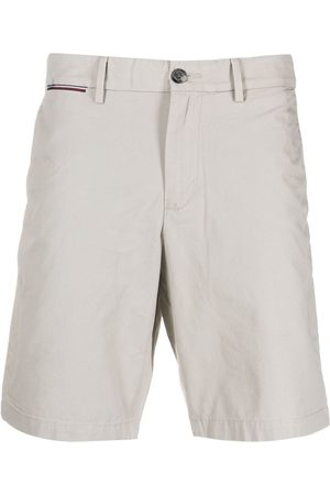 Tommy Hilfiger Heren Shorts - Logo-embroidered chino shorts