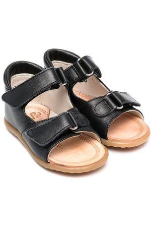 PèPè Schoenen - Buckle-fastening leather sandals