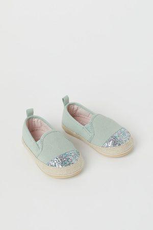 H&M Glitterende espadrilles