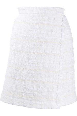 Thom Browne Dames Bermuda's - Frayed tweed wrap shorts