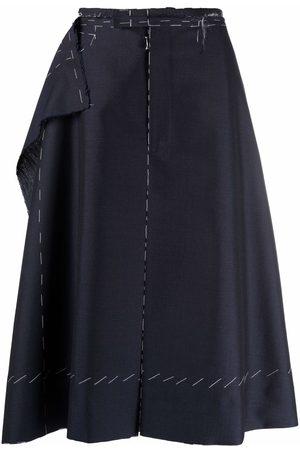 Maison Margiela Dames Bermuda's - Raw-layered knee-length shorts