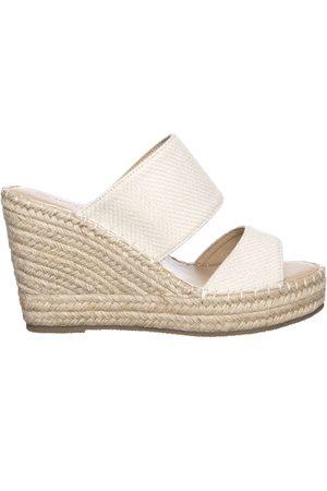 Linea Slippers