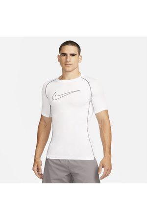 Nike Pro Dri-FIT Herentop met korte mouwen en strakke pasvorm