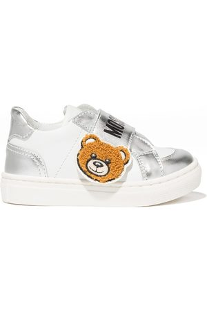 Moschino Teddy bear patch sneakers