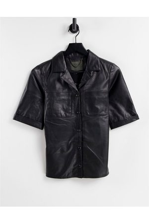 Muubaa Dames T-shirts - Leather shirt in black